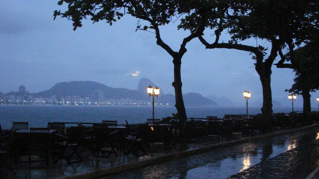lugares-romanticos-rj-forte-de-copacabana