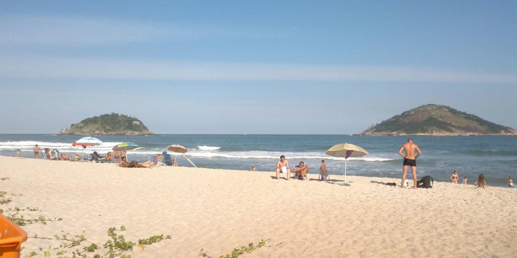 7-praias-para-visitar-na-cidade-do-rio-de-janeiro-praia-de-grumari