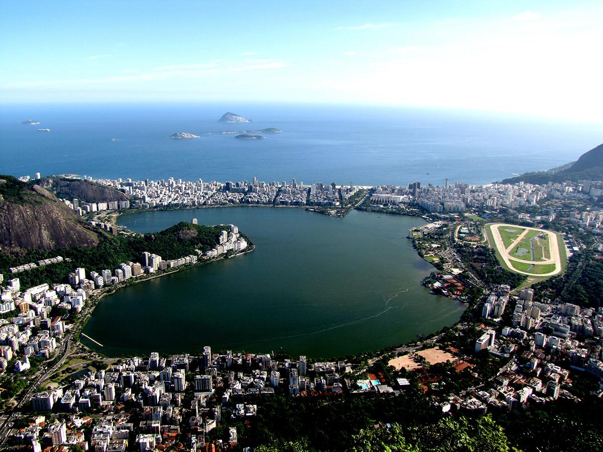 Lagoa_Rodrigo_de_Freitas_do_Cristo Rio de Janeiro